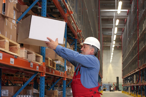 Manual handling and moving objects training course