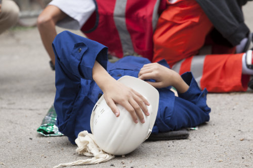 One day first aid training course onsite throughout Essex